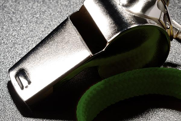 Il whistleblowing è legge: introdotto nella 231/01 il provvedimento che impone l'adozione di un sistema interno di segnalazione delle violazioni