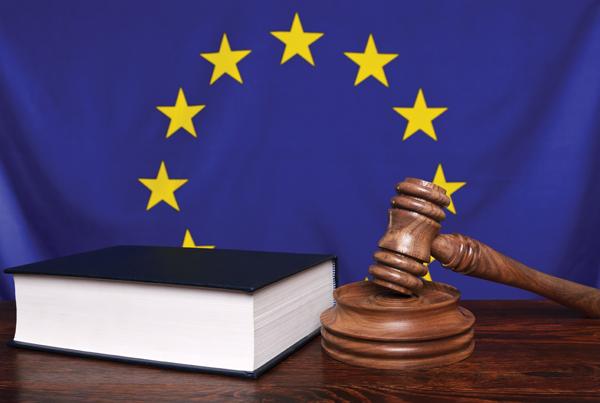 Il Parlamento UE approva la nuova direttiva sul Whistleblowing